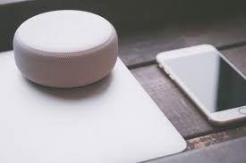 Alexa, lo smart speaker di Amazon, ci spia?